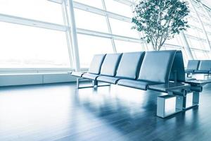 assento vazio no aeroporto foto
