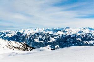paisagem de montanha dos Alpes. paisagem de inverno