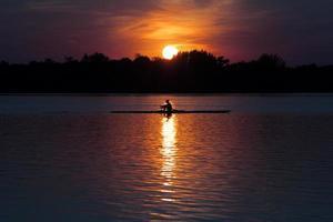 canoagem no lago