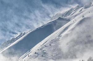 os Alpes italianos no inverno foto