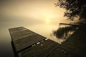 lago da manhã.