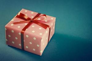pequenas caixas de presente artesanais foto