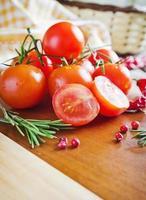 tomates maduros foto