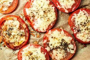 tomates assados foto