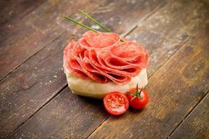 sanduíche de salame foto