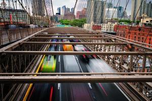 vistas da cidade de nova york, eua, ponte de brooklyn. foto