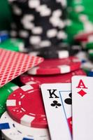 grande vitória no jogo de poker foto