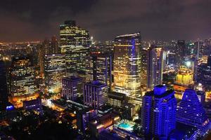 as luzes da cidade de bangkok foto