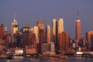 cidade de nova york manhattan pôr do sol foto