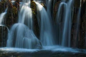 Cachoeira jiuzhaigou foto