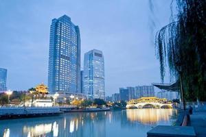 china chengdu pontes noite, noite hejiangting foto