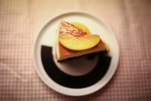 bolo com pêssegos foto