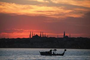 pôr do sol istambul foto