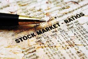 relatório do mercado de ações foto