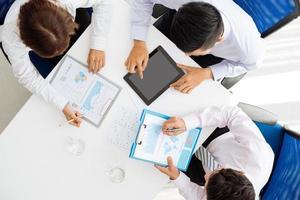 discutindo tabelas e gráficos