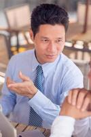 empresário asiático