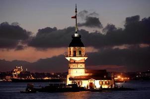 torre da donzela kiz kulesi foto