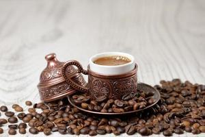 tradicional xícara de café turco. foto