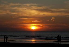 pôr do sol romântico foto