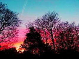 pôr do sol majestoso foto