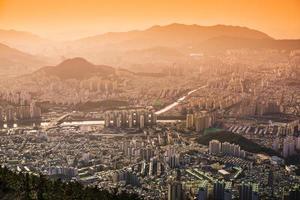 paisagem urbana de busan, coreia do sul foto