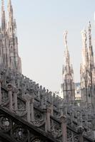 detalhe da catedral de Milão foto