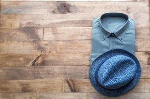 conjunto de várias roupas e acessórios para homens