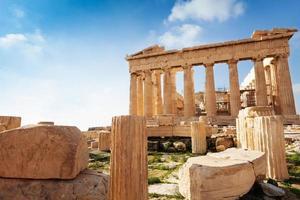 Acrópole de Atenas na Grécia durante o verão foto