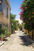 bairro em área de plaka, atenas, grécia foto