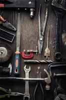 ferramentas antigas sujas foto