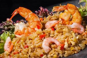 arroz hibachi com camarão foto