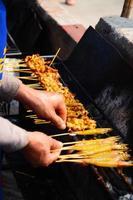 bife tailandês tradicional carne de porco assada