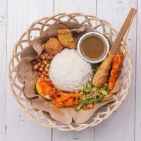 nasi lemak / arroz balinês indonésio foto