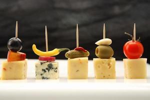 canapés de queijo foto