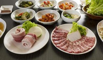 pratos coreanos foto