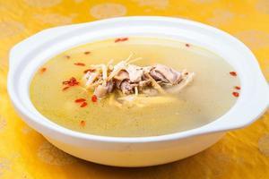 sopa de galinha com ginseng foto