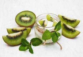 iogurte de kiwi foto