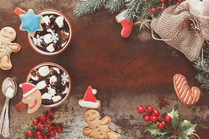 chocolate quente em um cenário de natal