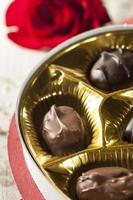 caixa de chocolates gourmet para dia dos namorados foto