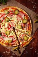 jantar de pizza foto