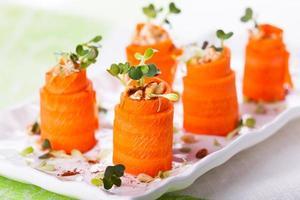 roll-ups de cenoura foto