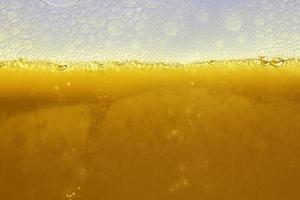 água de cerveja foto