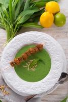 sopa de alho selvagem foto