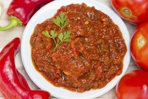 molho picante de tomate com pimentão foto