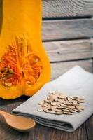 sementes de abóbora e abóbora foto