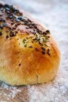pão de ervas foto