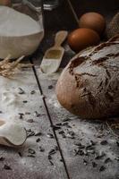 pão rústico trigo-centeio foto