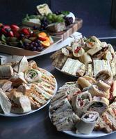 buffet de sanduíches mistos foto