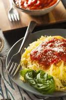 macarrão de abóbora espaguete cozido caseiro foto
