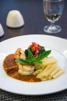 massa de camarão italiano foto